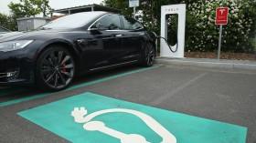 Tesla Offers Charging Stations On German Highways