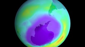 Giant Hole Found in Earth's Ozone