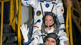Expedition 48 Wave Farewell