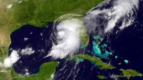 Tropical Storm Hermine Bears Down On Florida's Gulf Coast