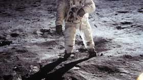 Moon bases could be built using astronaut urine