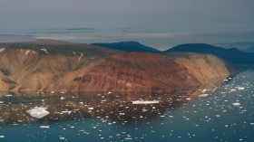 Nature World News - Warming Ocean Waters Irreversibly Loses Ice Sheet in Greenland