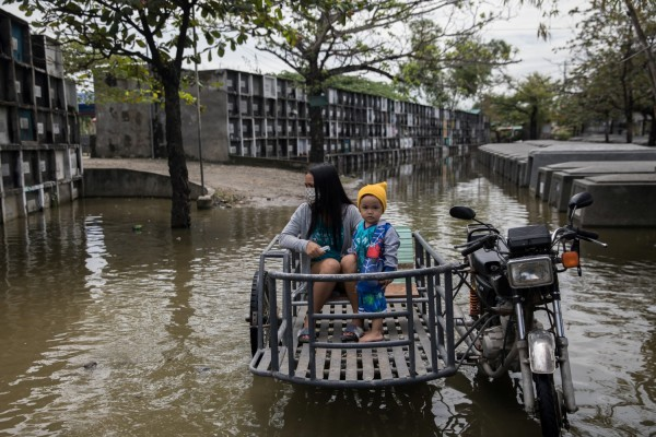 Typhoon Molave in  Philippines and Vietnam: 24 Dead, Dozens Missing
