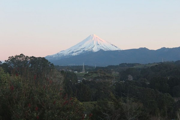 Eruption of Mt Taranaki May Take Out Regional Power in New Zealand