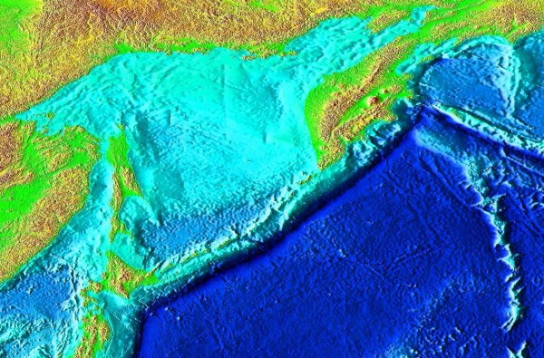 Pacific Ocean's Kuril-Kamchatka Trench is a Microplastics Trap