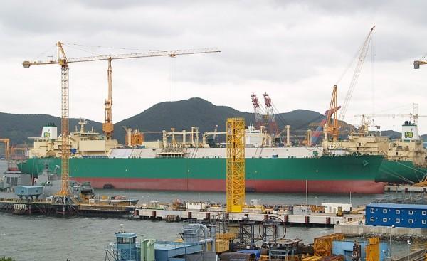 LNG Transport Ship